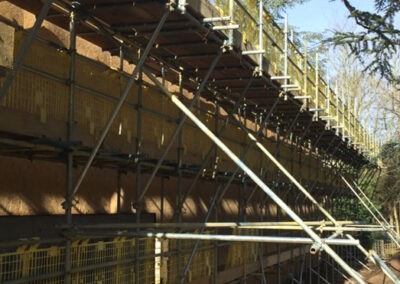 Brownes Scaffolding Cantilever